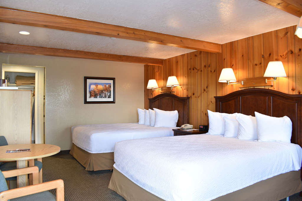 Two Bed Deluxe at Bryce Canyon Motel